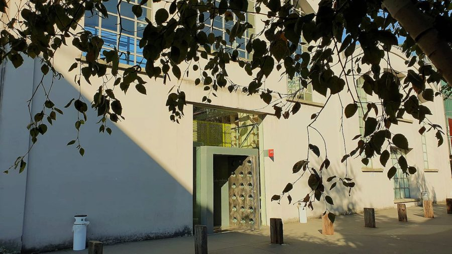 L'ingresso della Scuola Mohole